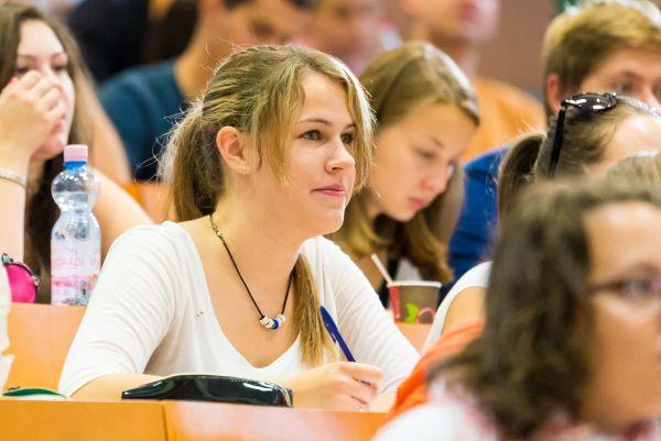 Kereskedelem és marketing felsőoktatási szakképzés a Pannon Egyetem Gazdaságtudományi Karán